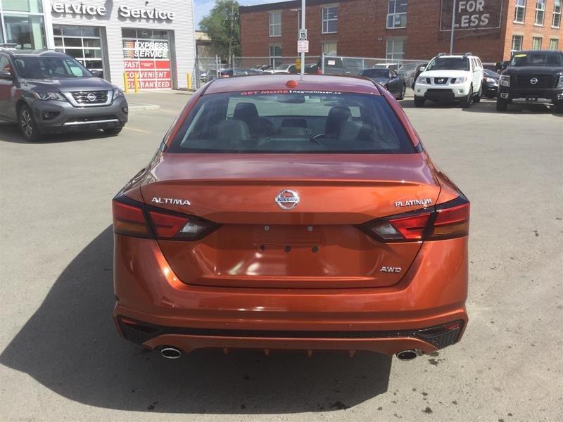 2019 Nissan Altima Sedan 2.5 Platinum CVT in Regina, Saskatchewan - 4 - w1024h768px