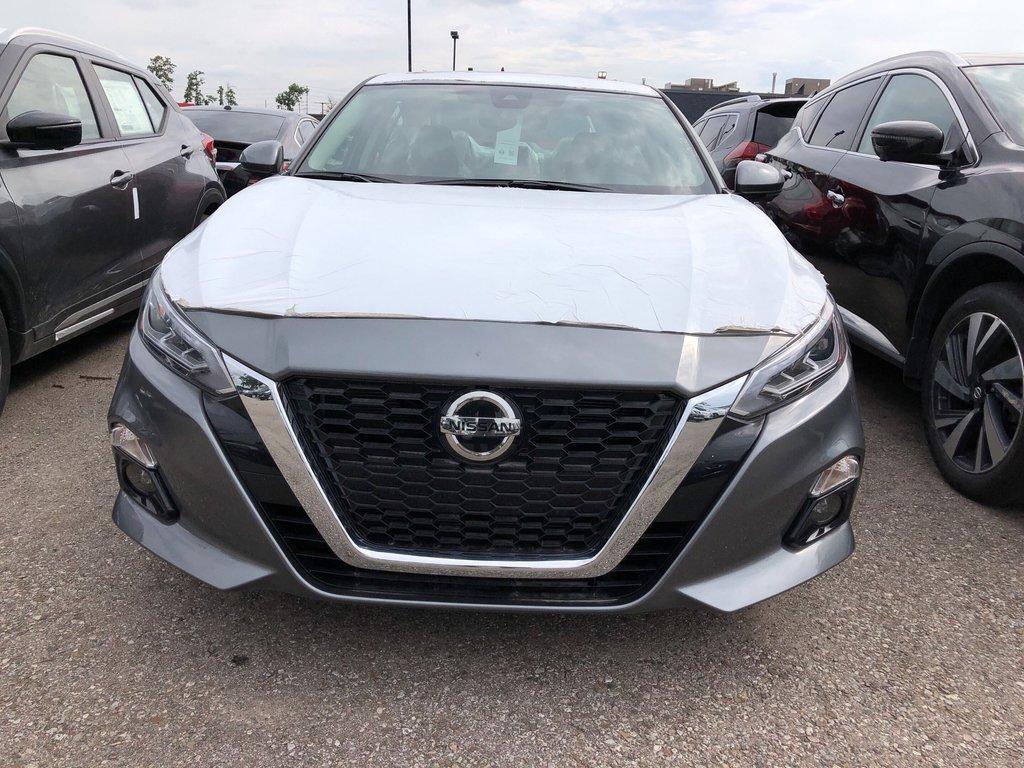 2019 Nissan Altima Sedan 2.5 Platinum CVT in Mississauga, Ontario - 3 - w1024h768px