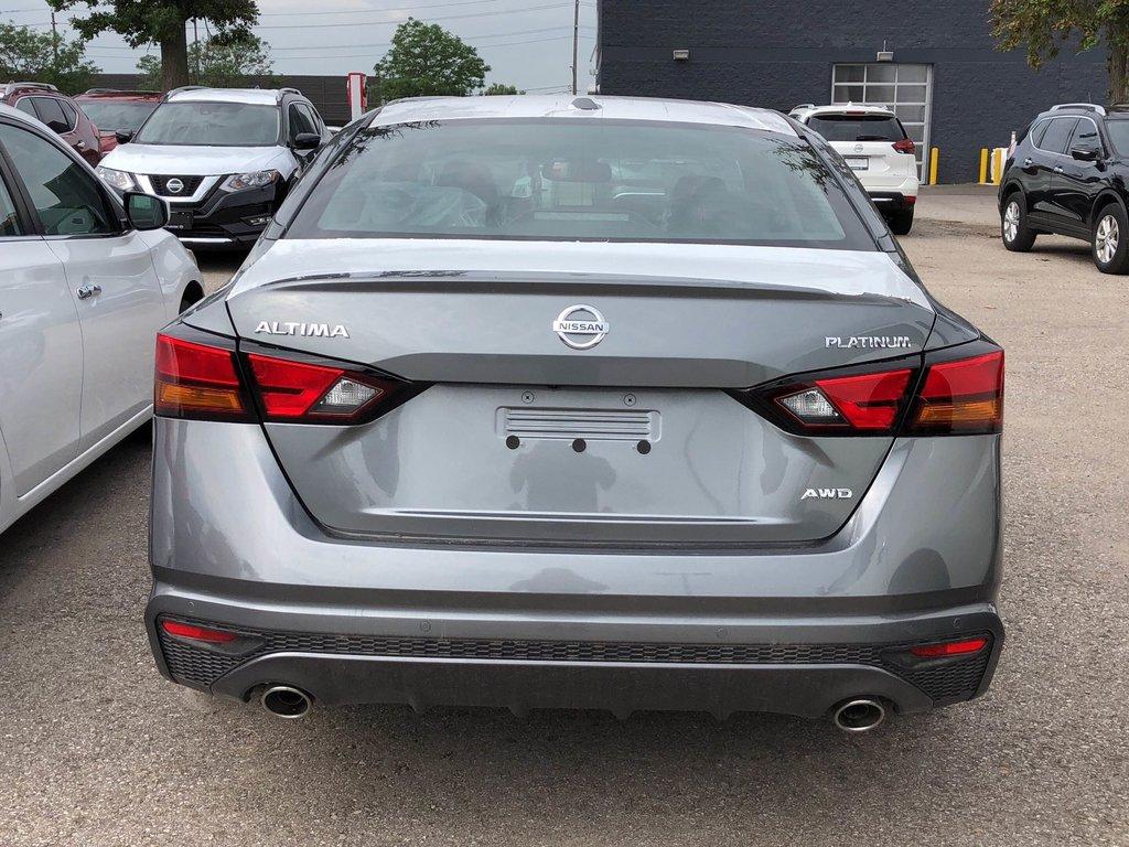 2019 Nissan Altima Sedan 2.5 Platinum CVT in Mississauga, Ontario - 4 - w1024h768px