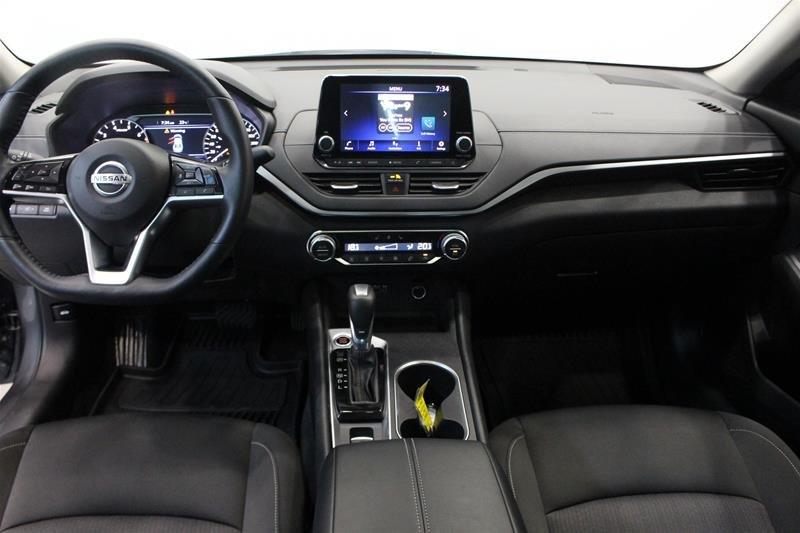 2019 Nissan Altima Sedan 2.5 SV CVT in Regina, Saskatchewan - 14 - w1024h768px
