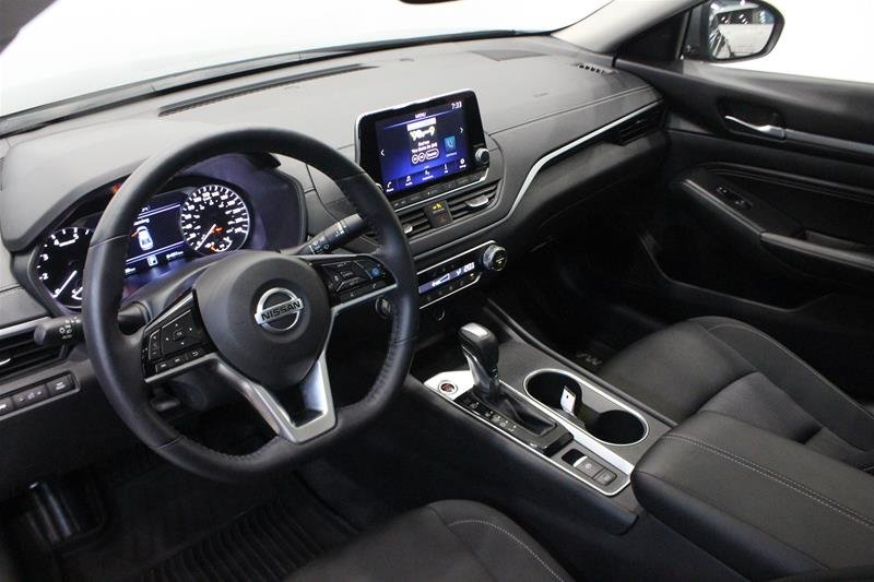 2019 Nissan Altima Sedan 2.5 SV CVT in Regina, Saskatchewan - 9 - w1024h768px