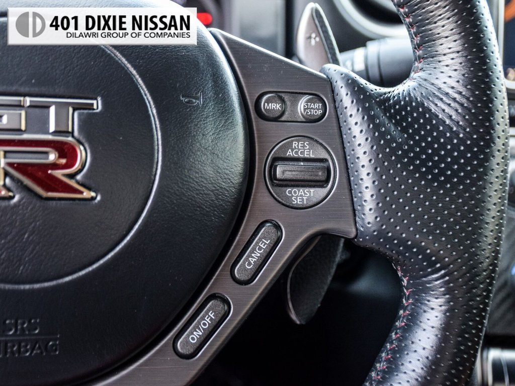 2015 Nissan GT-R Black Edition in Mississauga, Ontario - 22 - w1024h768px
