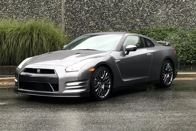 2016 Nissan GT-R Premium Edition in North Vancouver, British Columbia - 1 - w1024h768px