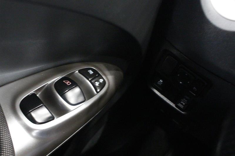 2013 Nissan Juke 1.6 DIG Turbo SV AWD CVT in Regina, Saskatchewan - 3 - w1024h768px
