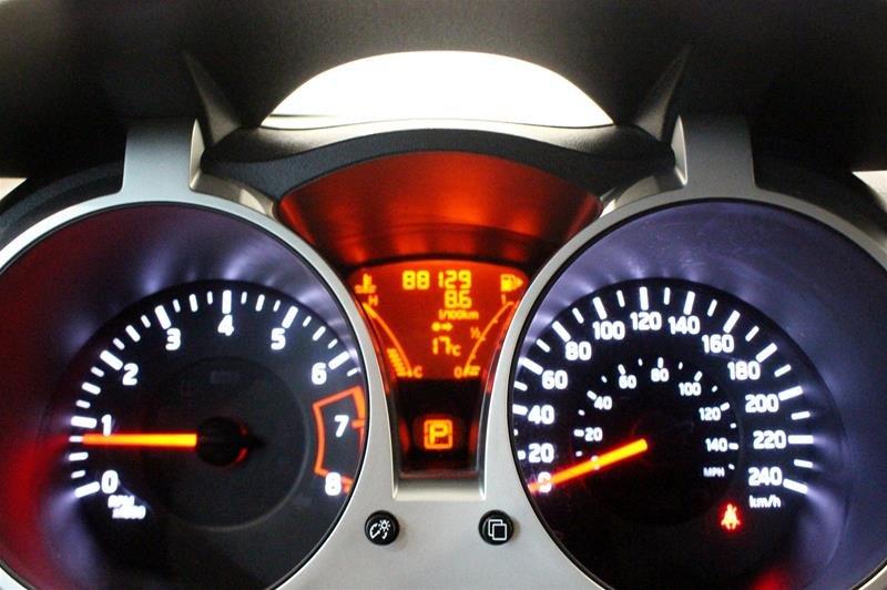 2013 Nissan Juke 1.6 DIG Turbo SV AWD CVT in Regina, Saskatchewan - 2 - w1024h768px
