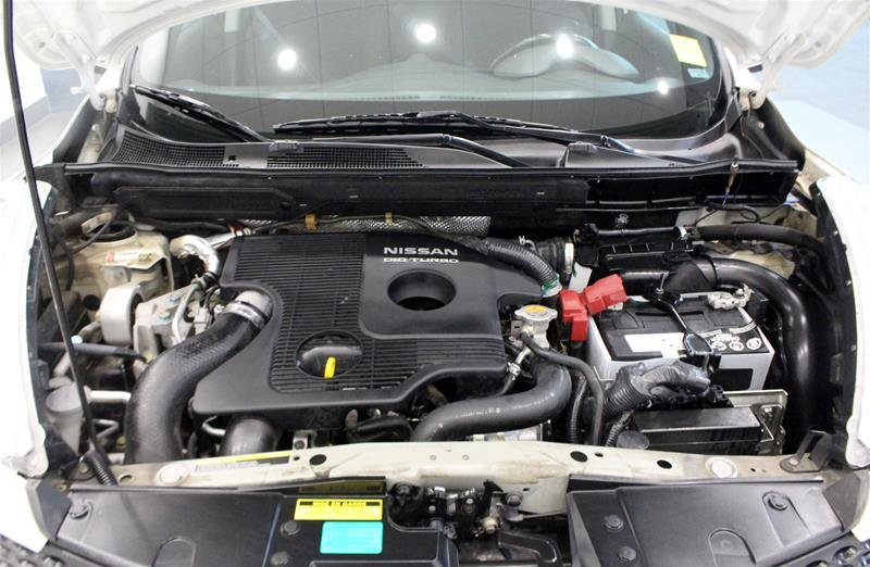 2013 Nissan Juke 1.6 DIG Turbo SV AWD CVT in Regina, Saskatchewan - 17 - w1024h768px
