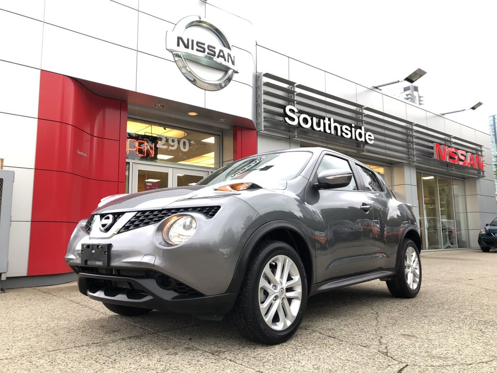 2015 Nissan Juke SV FWD CVT in Vancouver, British Columbia - 1 - w1024h768px