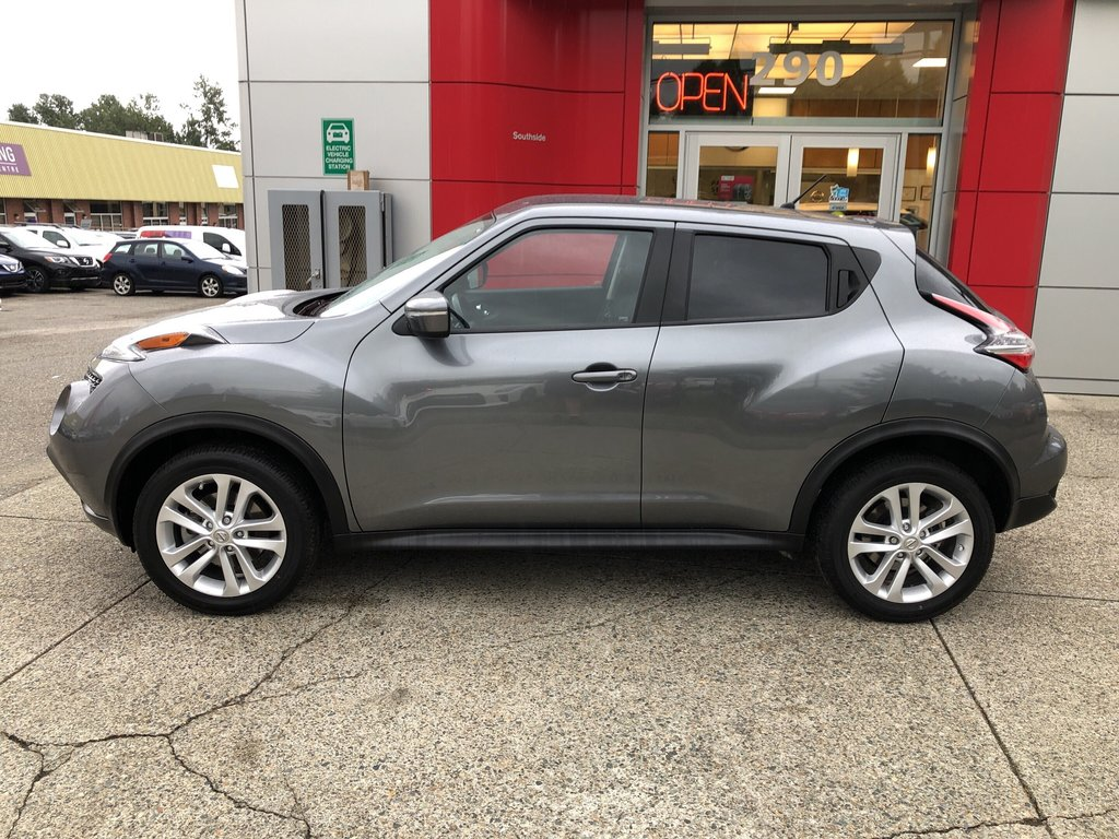 2015 Nissan Juke SV FWD CVT in Vancouver, British Columbia - 2 - w1024h768px