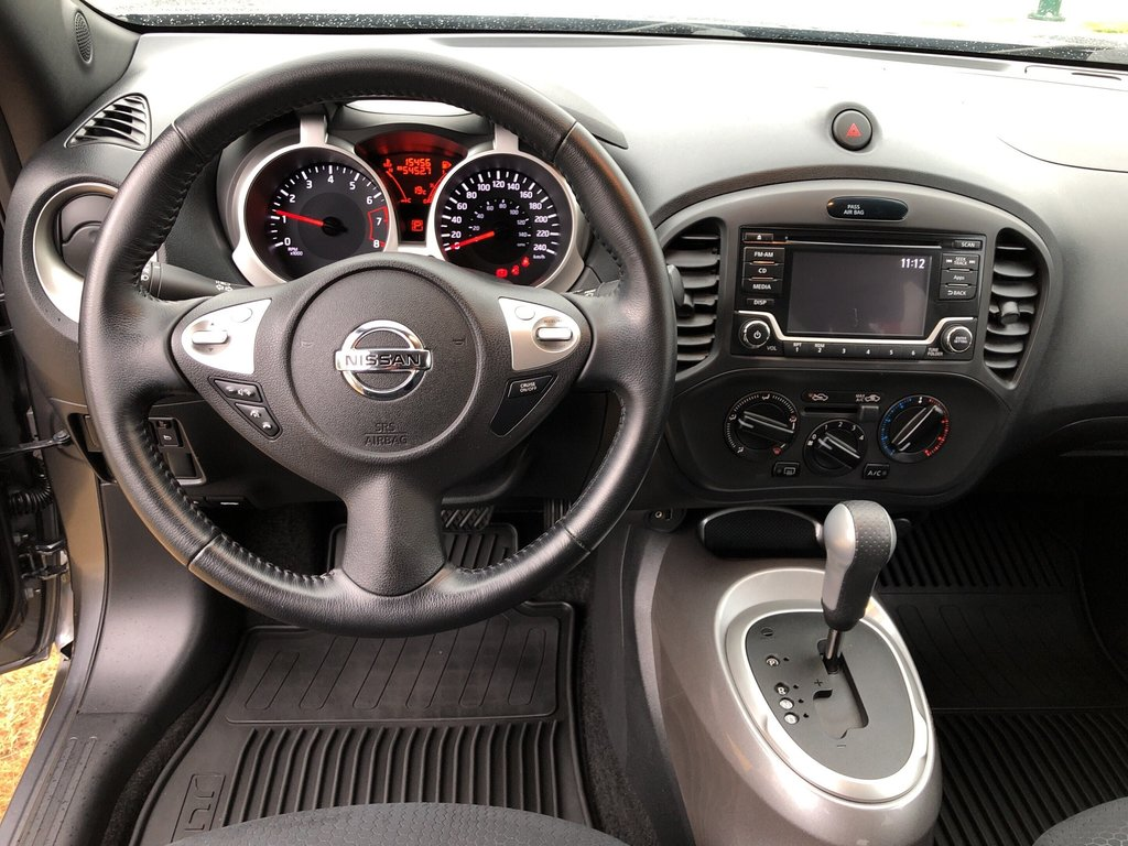 2015 Nissan Juke SV FWD CVT in Vancouver, British Columbia - 13 - w1024h768px