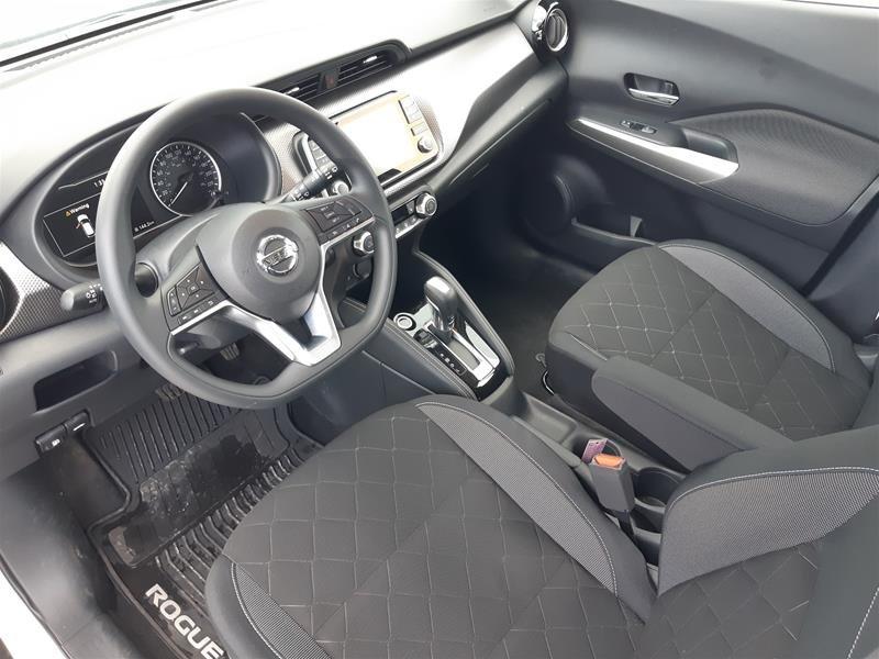 2018 Nissan KICKS SV CVT in Vancouver, British Columbia - 10 - w1024h768px