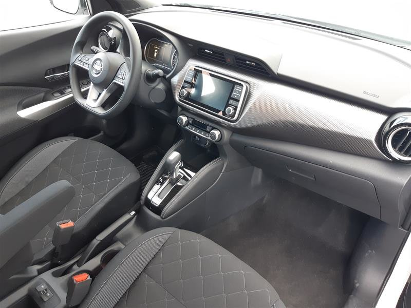 2018 Nissan KICKS SV CVT in Vancouver, British Columbia - 12 - w1024h768px