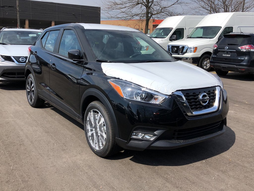 2019 Nissan KICKS SV CVT in Mississauga, Ontario - 3 - w1024h768px