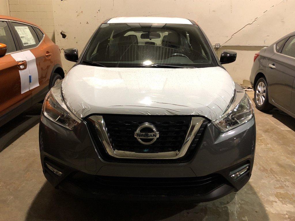 2019 Nissan KICKS SV CVT in Mississauga, Ontario - 2 - w1024h768px
