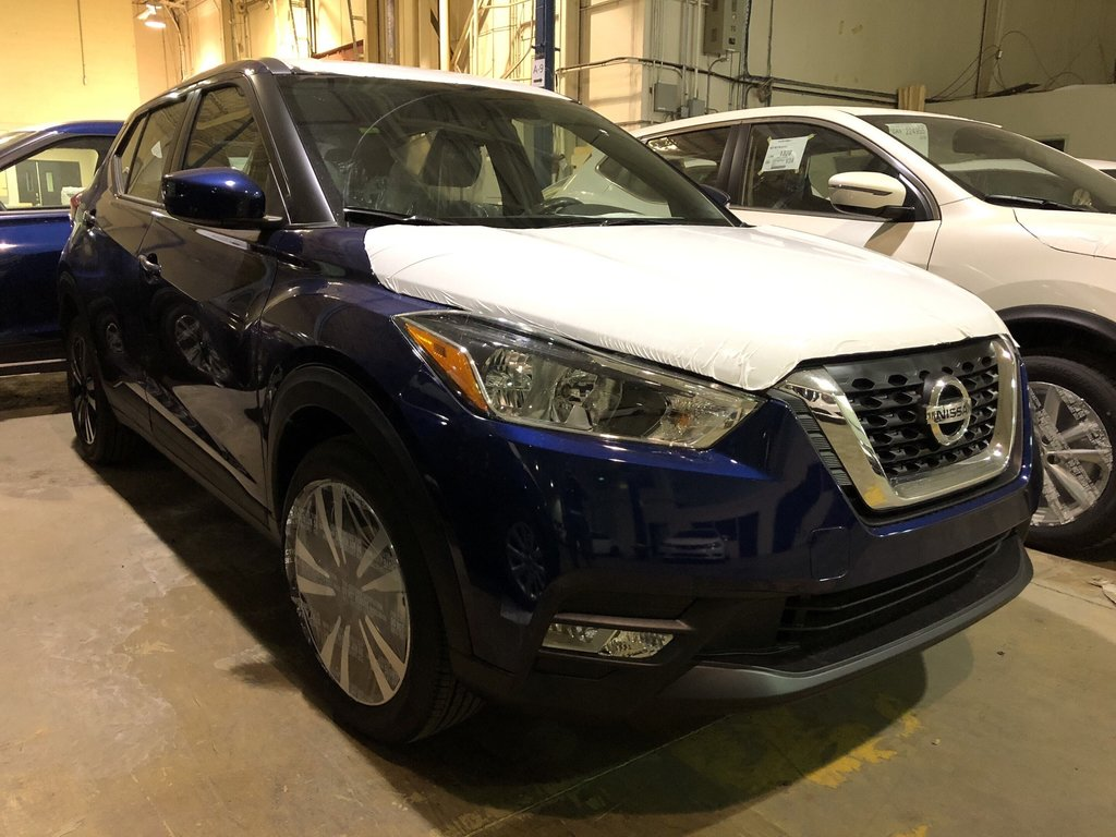 2019 Nissan KICKS SV CVT (2) in Mississauga, Ontario - 2 - w1024h768px