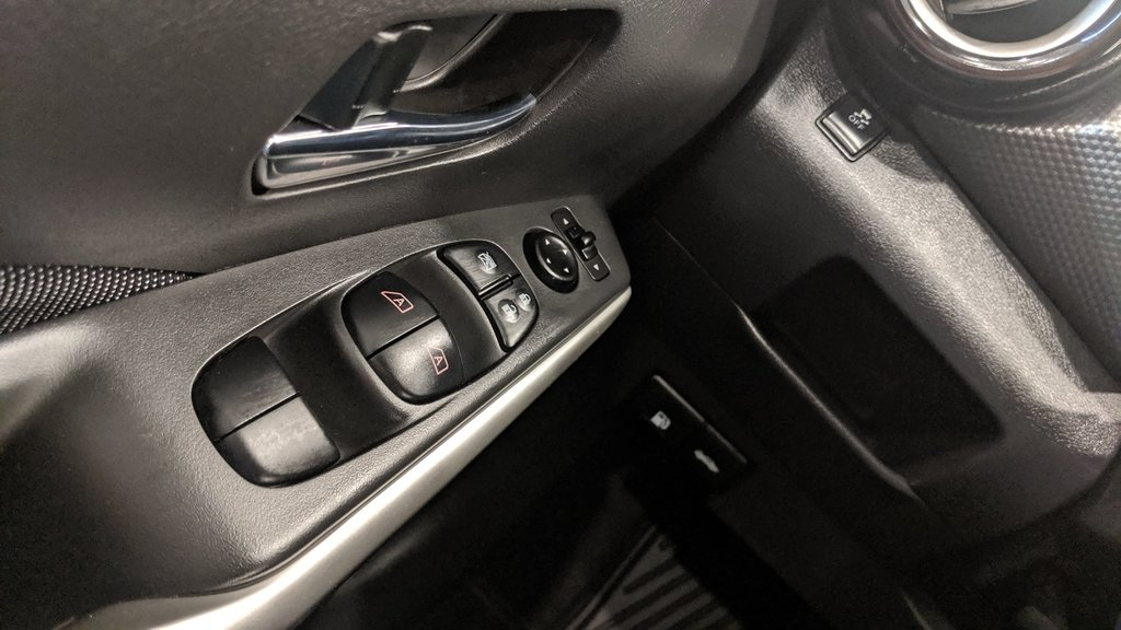 2019 Nissan KICKS SV CVT in Regina, Saskatchewan - 3 - w1024h768px
