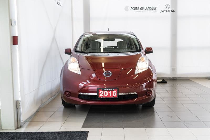 2015 Nissan Leaf SV in Langley, British Columbia - 2 - w1024h768px