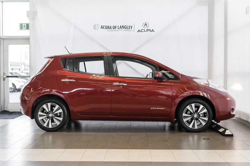 2015 Nissan Leaf SV in Langley, British Columbia - 25 - w1024h768px
