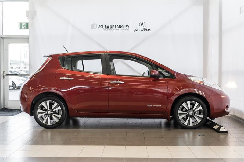 2015 Nissan Leaf SV in Langley, British Columbia - 5 - w1024h768px