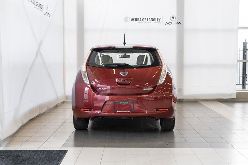 2015 Nissan Leaf SV in Langley, British Columbia - 7 - w1024h768px