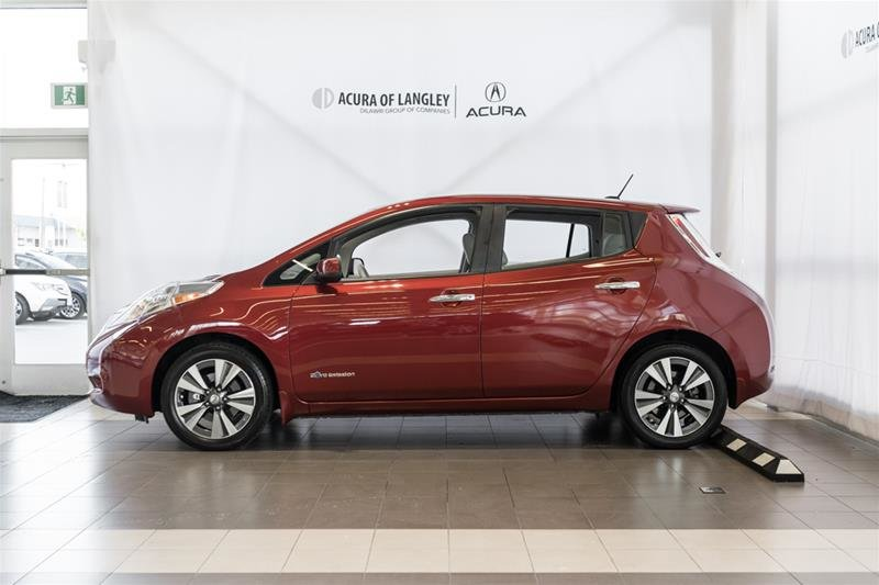 2015 Nissan Leaf SV in Langley, British Columbia - 4 - w1024h768px