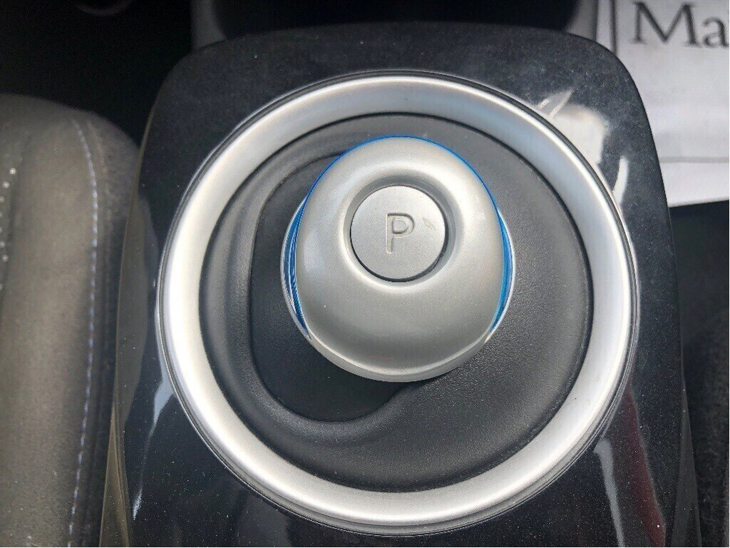 2016 Nissan Leaf SV in Vancouver, British Columbia - 17 - w1024h768px