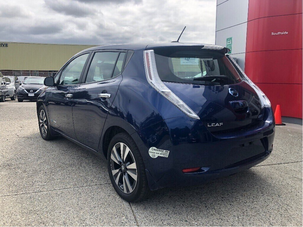 2016 Nissan Leaf SV in Vancouver, British Columbia - 7 - w1024h768px