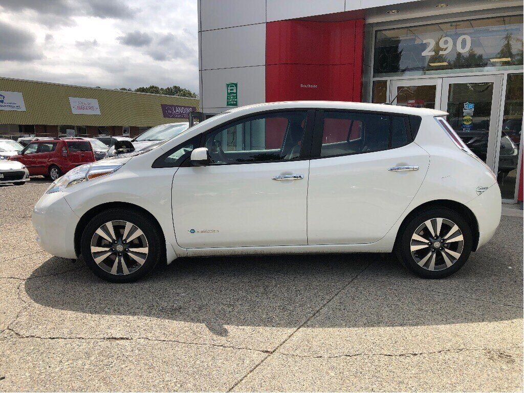 2016 Nissan Leaf SV in Vancouver, British Columbia - 8 - w1024h768px