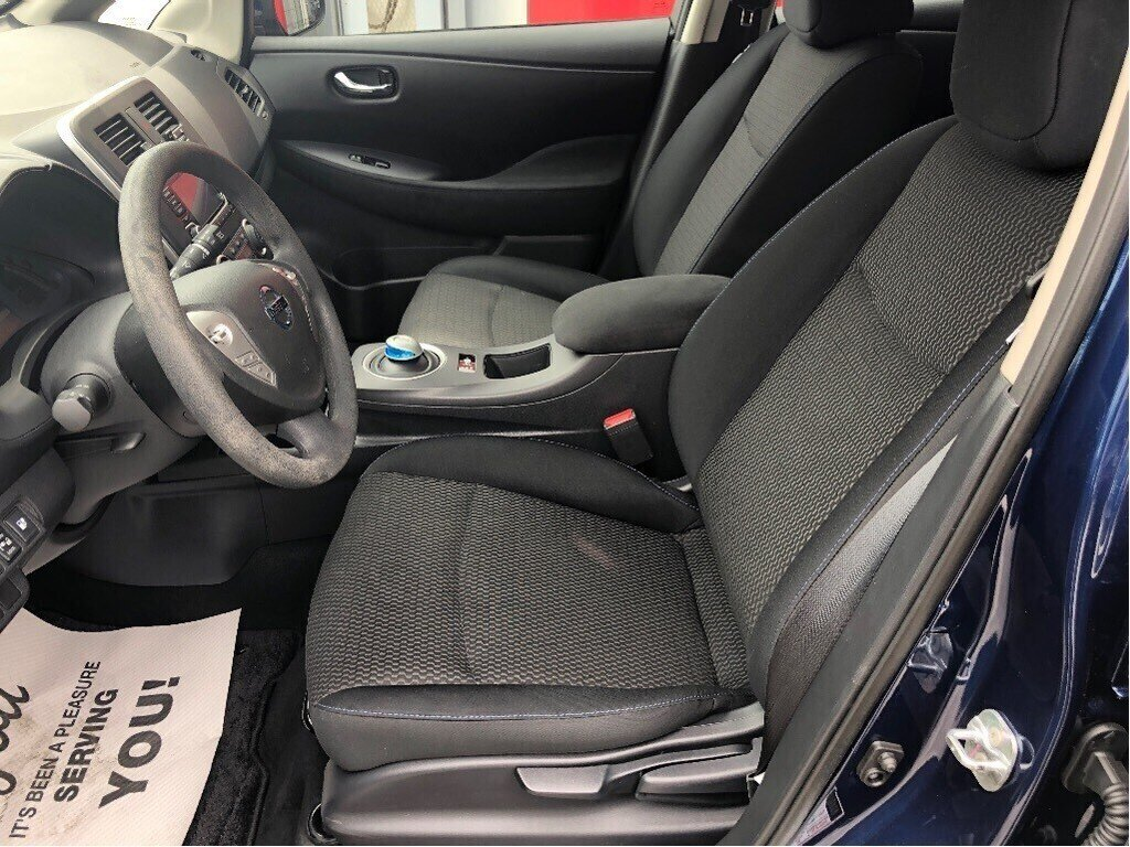 2016 Nissan Leaf S in Vancouver, British Columbia - 12 - w1024h768px