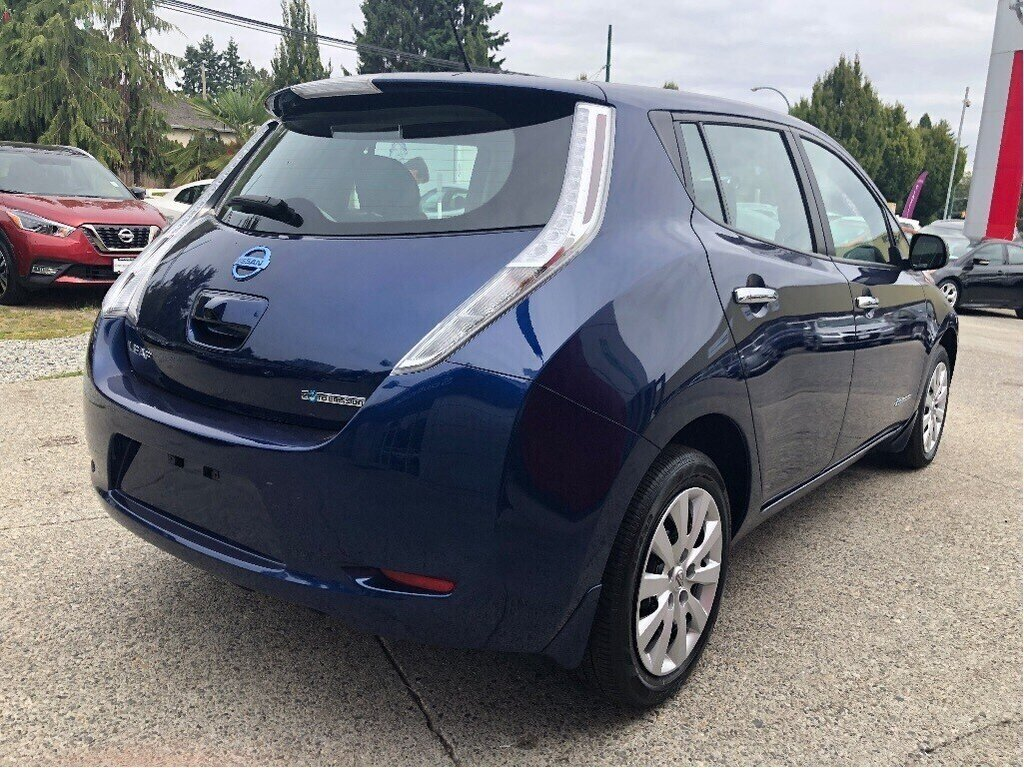 2016 Nissan Leaf S in Vancouver, British Columbia - 5 - w1024h768px