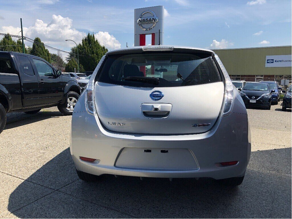 2017 Nissan Leaf SV in Vancouver, British Columbia - 6 - w1024h768px