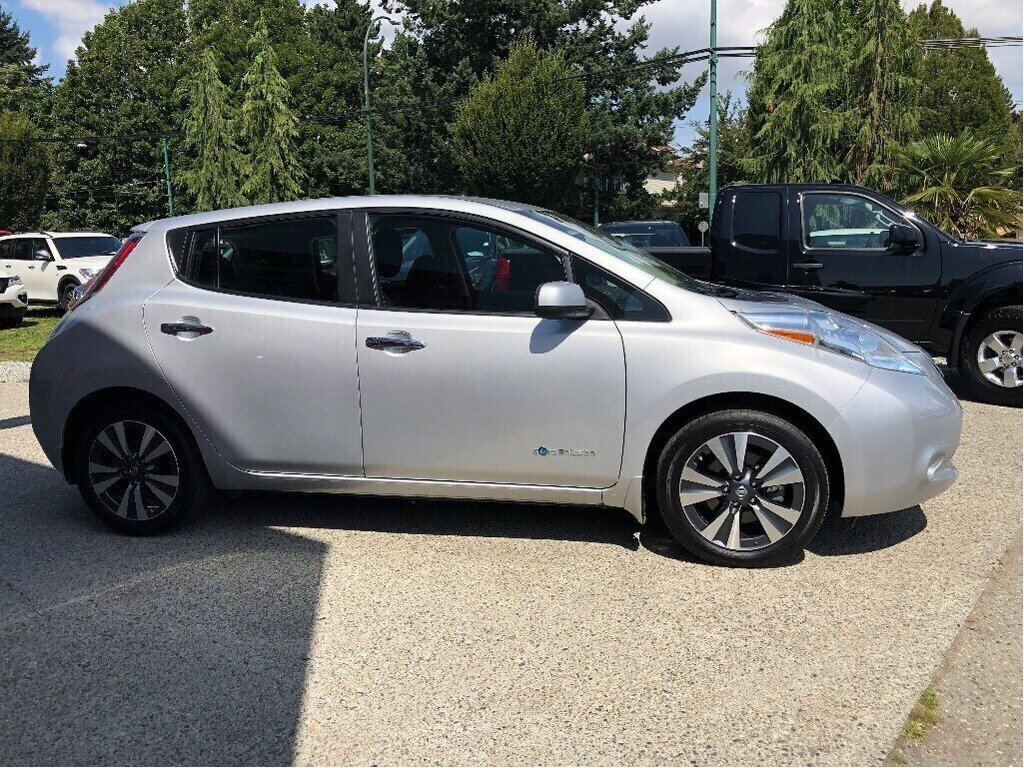 2017 Nissan Leaf SV in Vancouver, British Columbia - 4 - w1024h768px