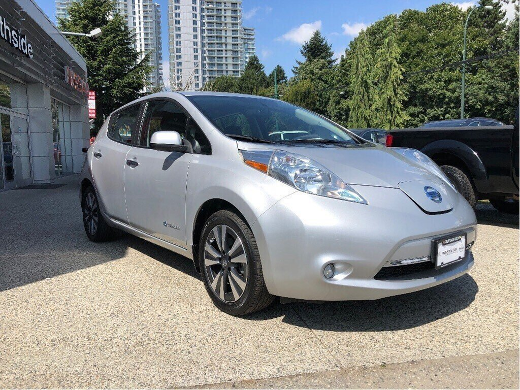 2017 Nissan Leaf SV in Vancouver, British Columbia - 3 - w1024h768px