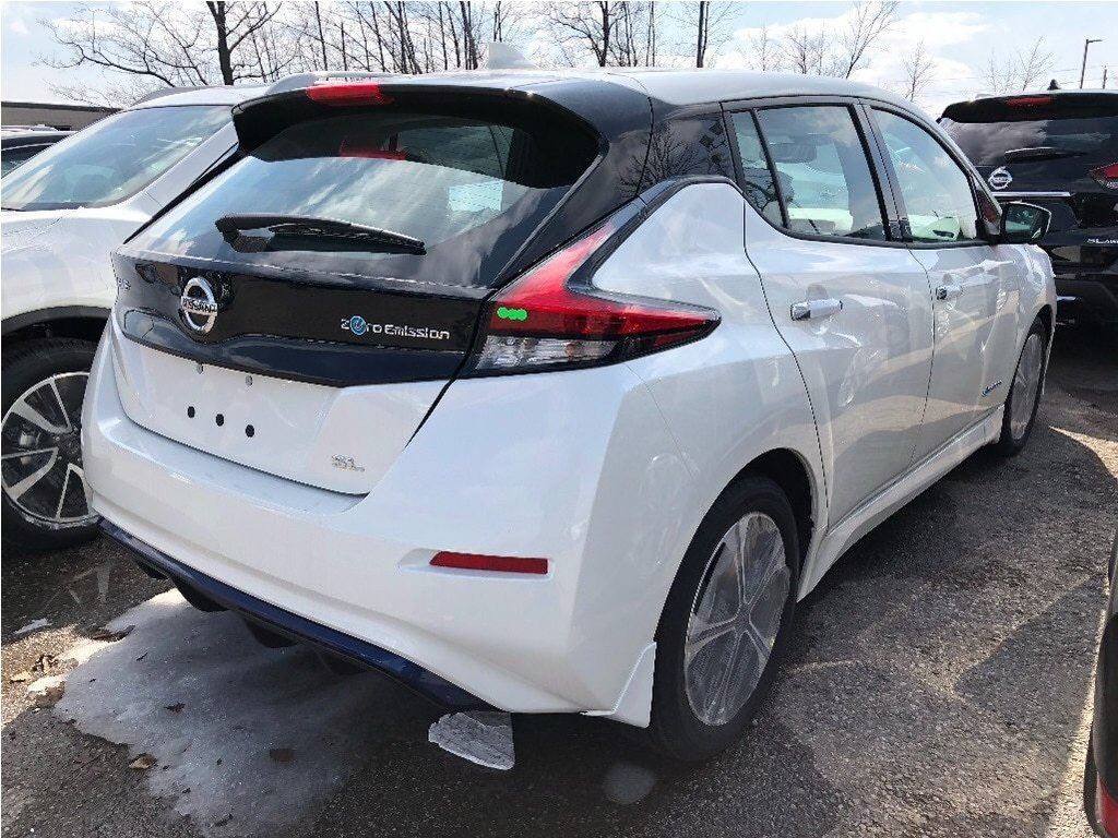 2019 Nissan Leaf SL in Mississauga, Ontario - 3 - w1024h768px