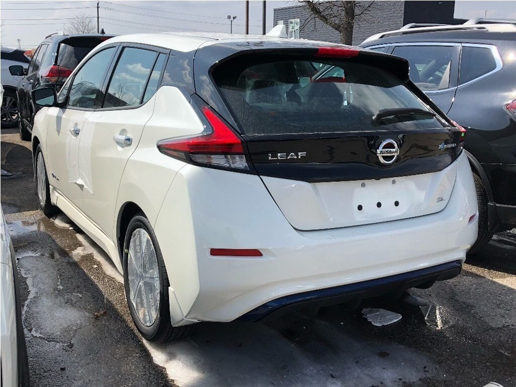 2019 Nissan Leaf SL in Mississauga, Ontario - 5 - w1024h768px
