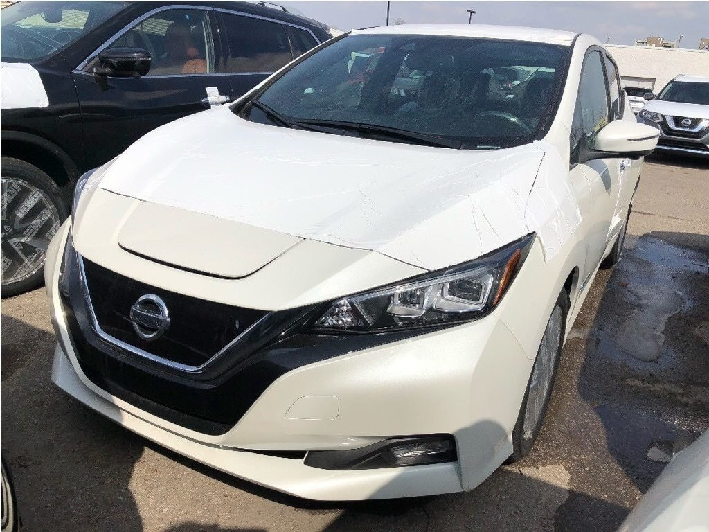 2019 Nissan Leaf SL in Mississauga, Ontario - 1 - w1024h768px
