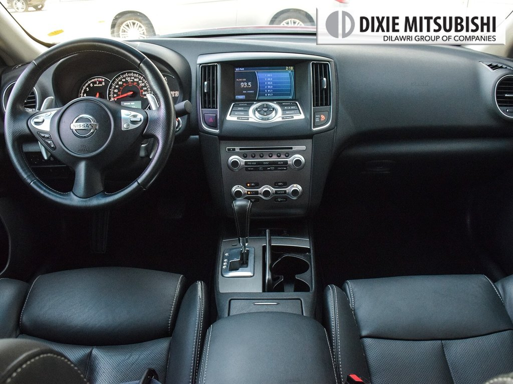 2012 Nissan Maxima 3.5 SV CVT in Mississauga, Ontario - 11 - w1024h768px