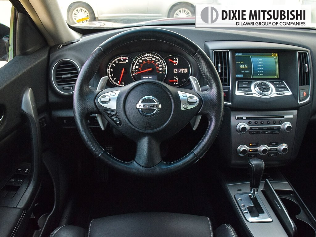 2012 Nissan Maxima 3.5 SV CVT in Mississauga, Ontario - 12 - w1024h768px