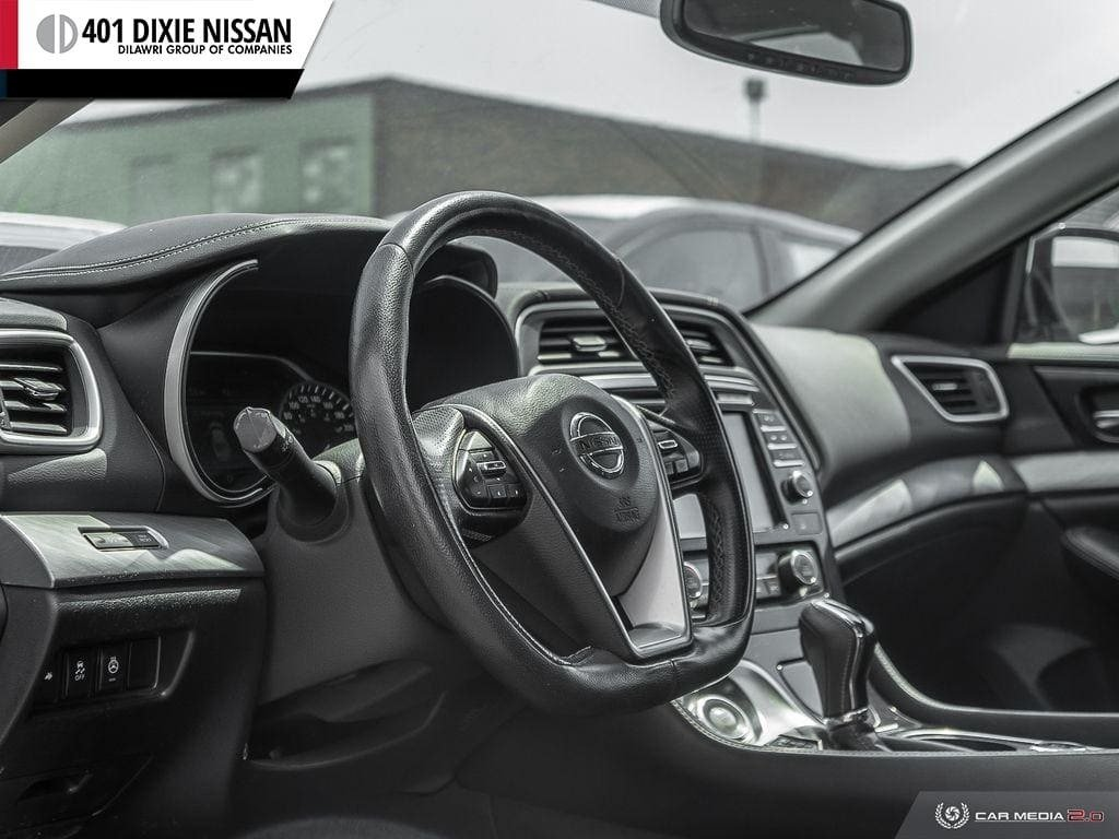 2016 Nissan Maxima 3.5 SV CVT in Mississauga, Ontario - 12 - w1024h768px