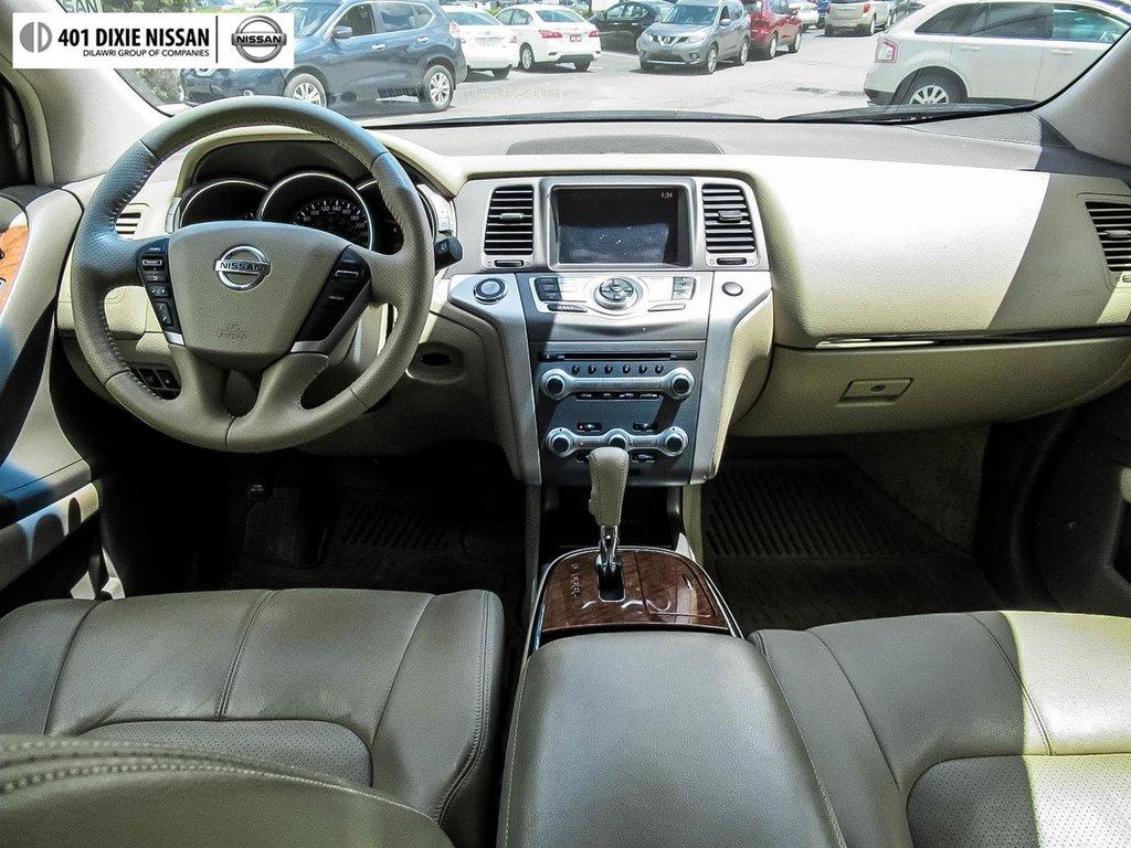 2014 Nissan Murano Platinum AWD CVT in Mississauga, Ontario - 13 - w1024h768px