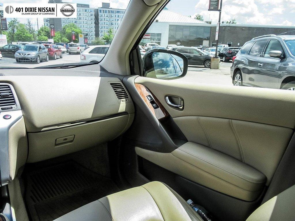 2014 Nissan Murano Platinum AWD CVT in Mississauga, Ontario - 15 - w1024h768px