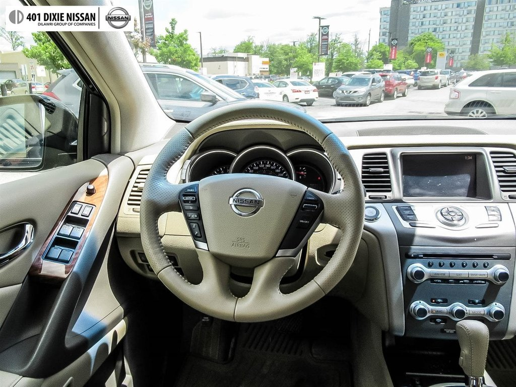 2014 Nissan Murano Platinum AWD CVT in Mississauga, Ontario - 16 - w1024h768px