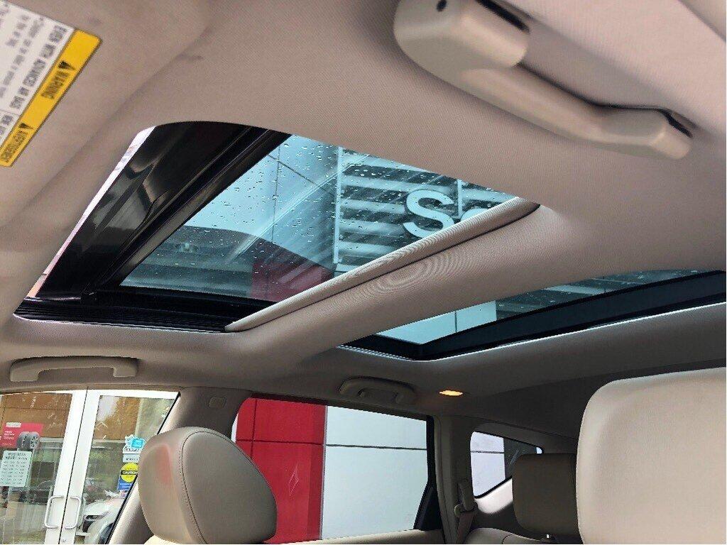 2014 Nissan Murano Platinum AWD CVT in Vancouver, British Columbia - 18 - w1024h768px