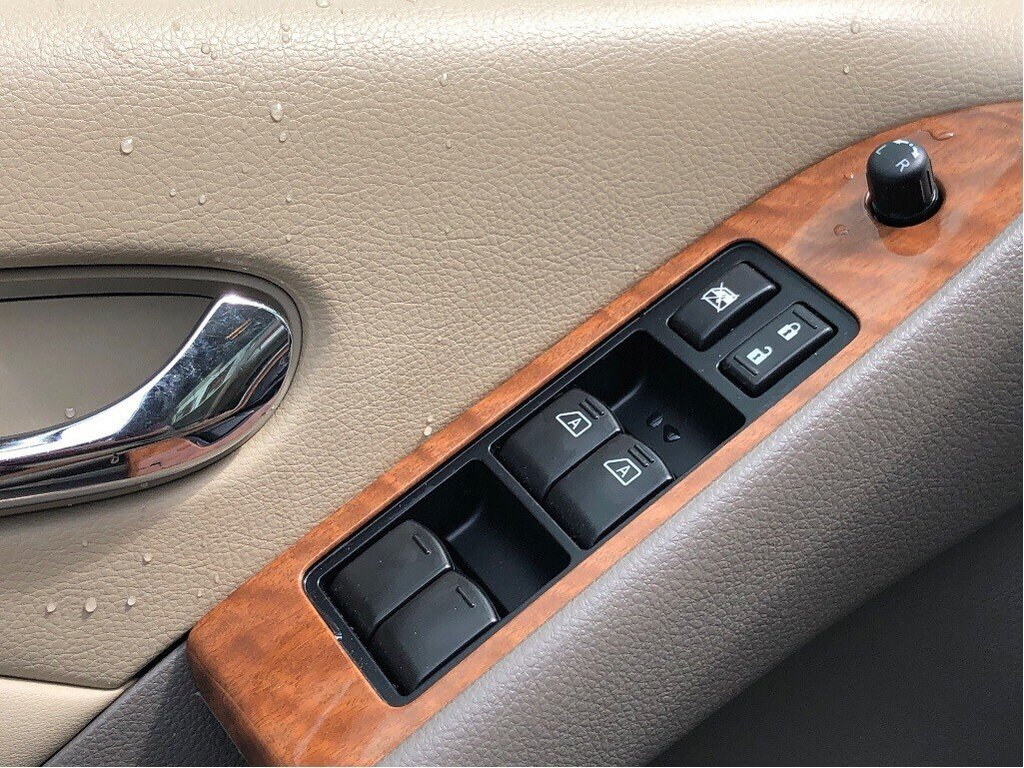 2014 Nissan Murano Platinum AWD CVT in Vancouver, British Columbia - 10 - w1024h768px