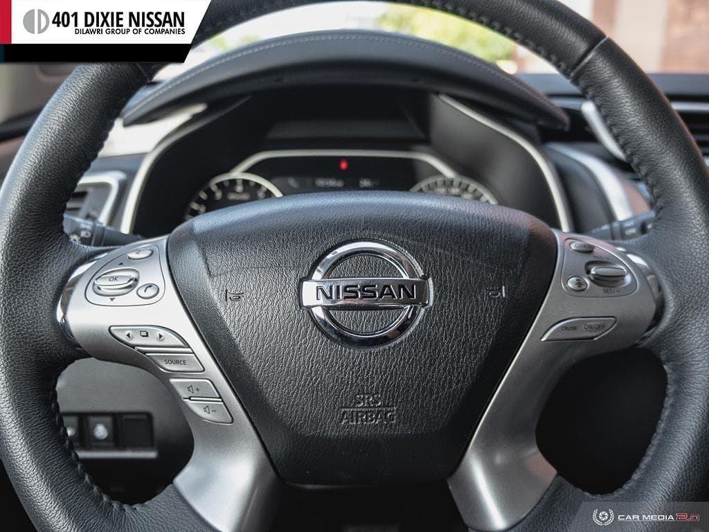 2015 Nissan Murano Platinum AWD CVT in Mississauga, Ontario - 14 - w1024h768px