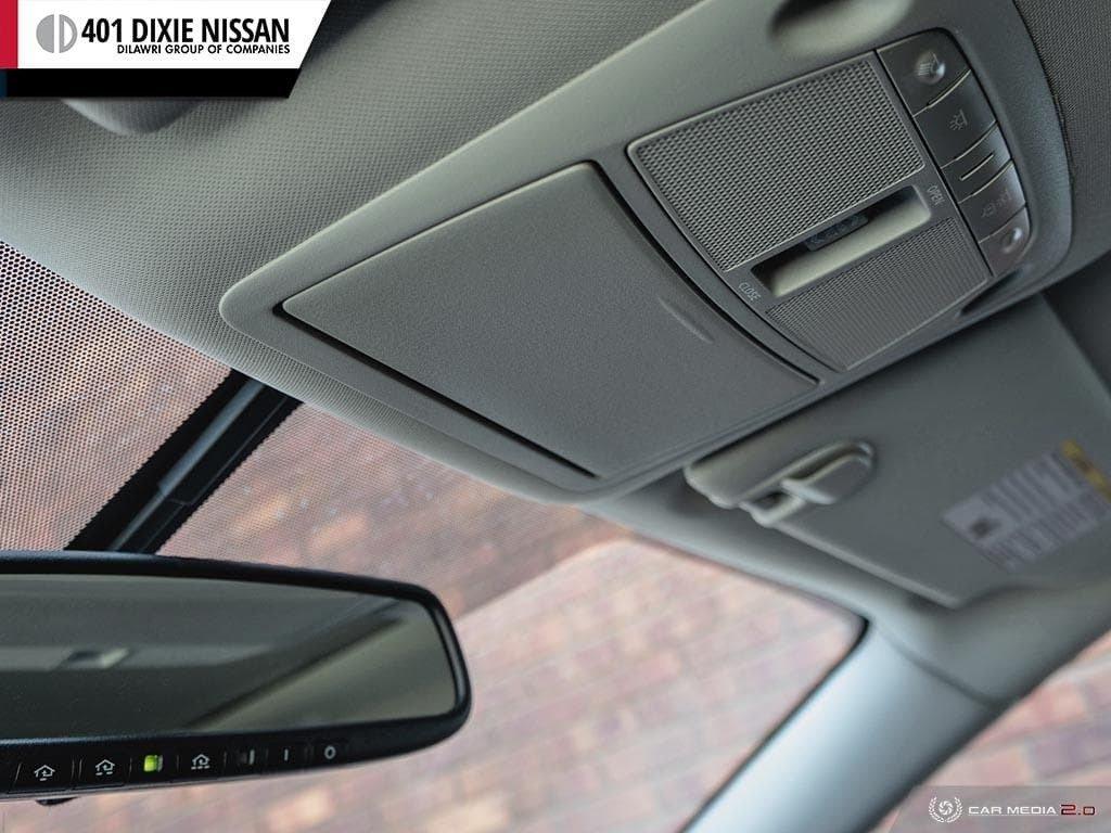2015 Nissan Murano Platinum AWD CVT in Mississauga, Ontario - 19 - w1024h768px