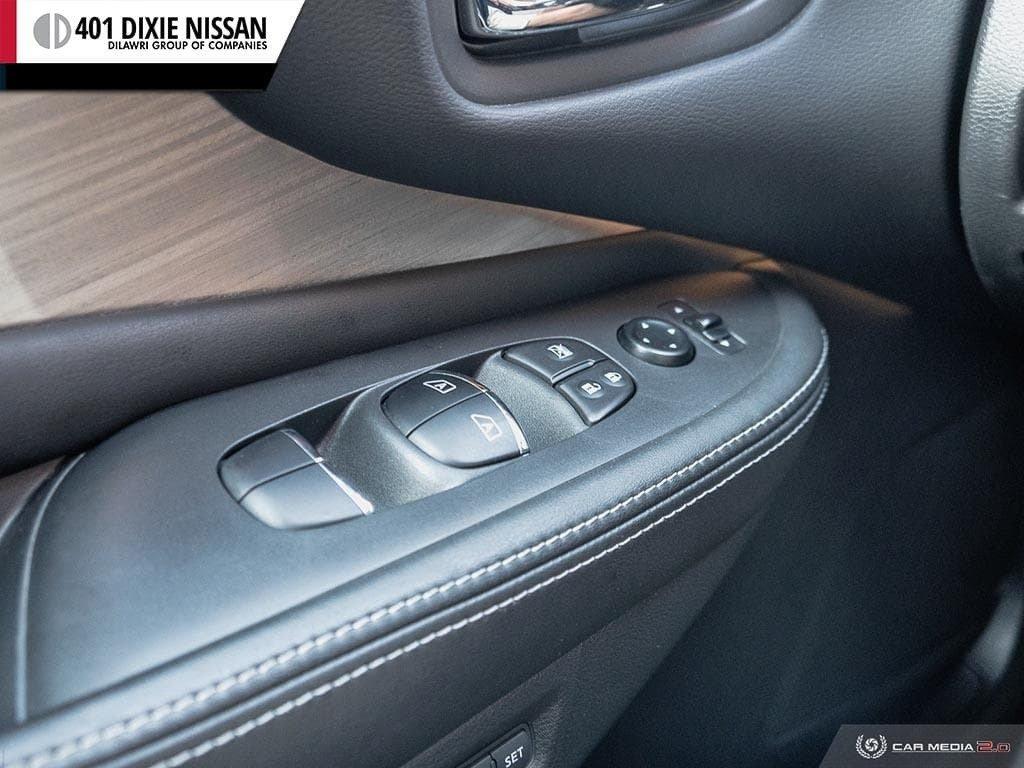 2015 Nissan Murano Platinum AWD CVT in Mississauga, Ontario - 17 - w1024h768px