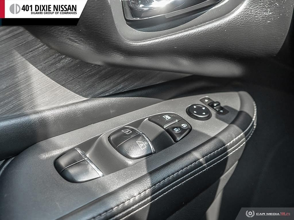 2016 Nissan Murano Platinum AWD CVT in Mississauga, Ontario - 17 - w1024h768px