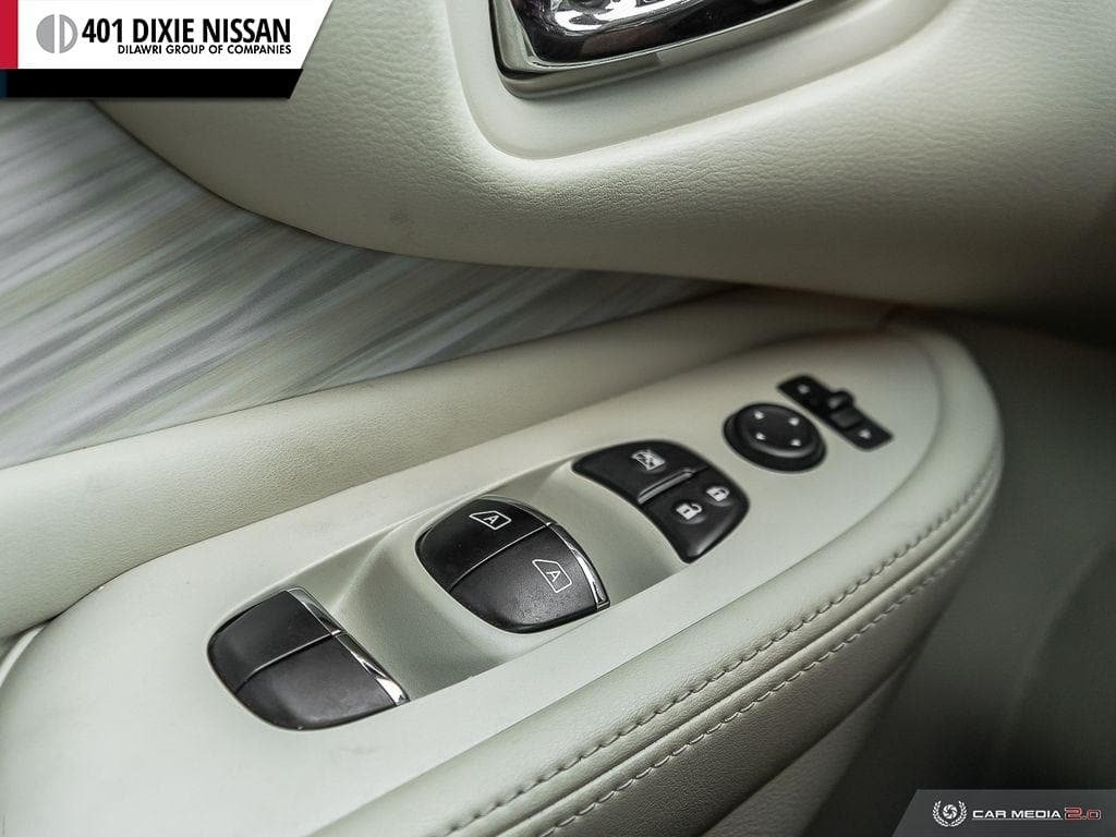 2017 Nissan Murano SL AWD CVT in Mississauga, Ontario - 17 - w1024h768px