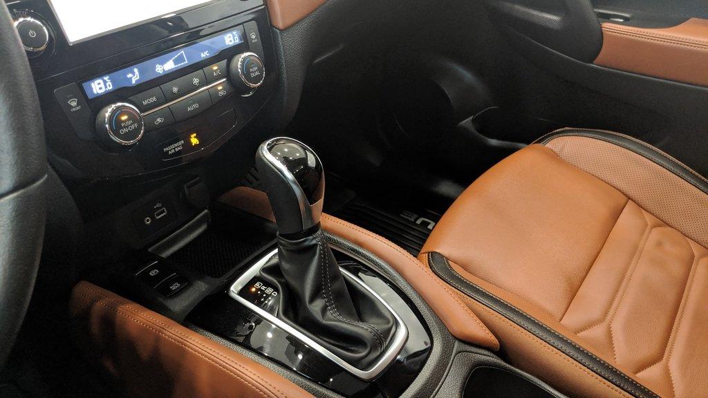 2019 Nissan Rogue SL in Regina, Saskatchewan - 4 - w1024h768px