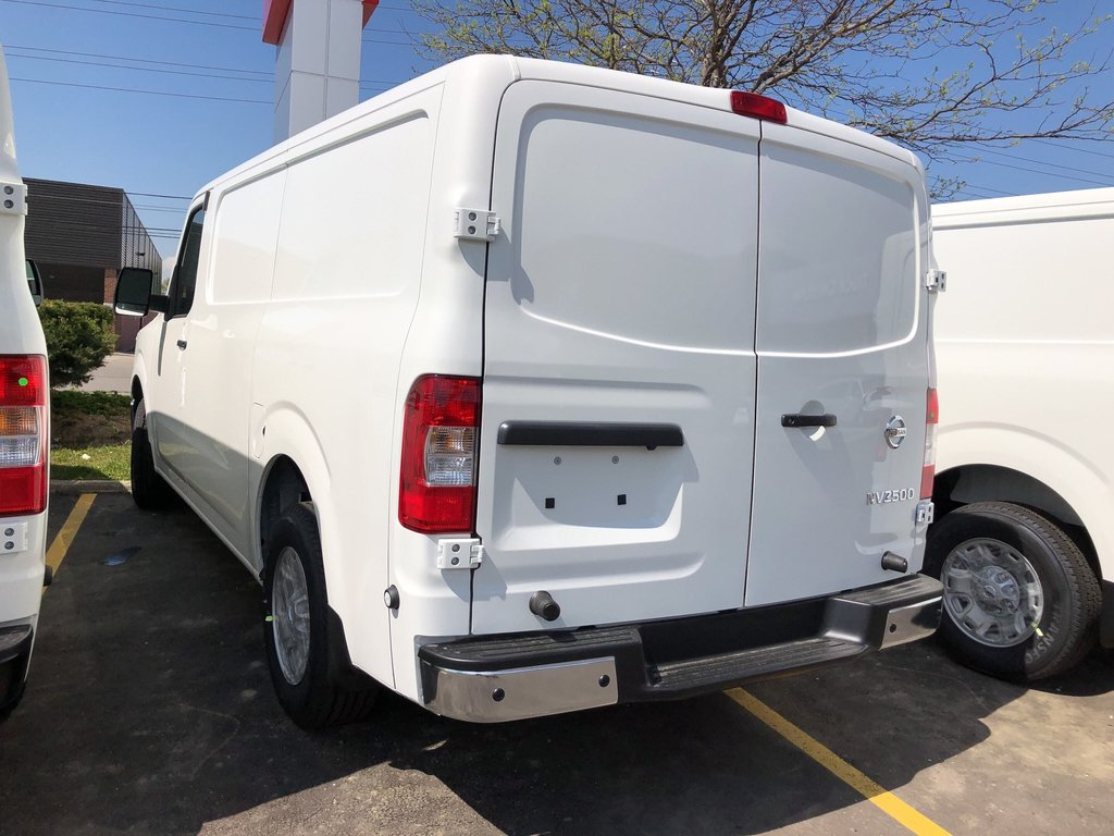 2019 Nissan NV 2500 Cargo SV V6 Standard Roof in Mississauga, Ontario - 5 - w1024h768px